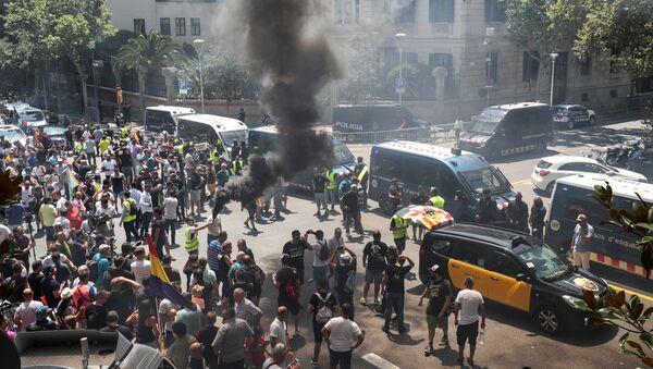 Huelga de taxistas en Barcelona - Sputnik Mundo
