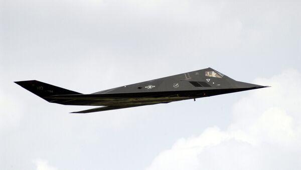 Bombardero furtivo F-117, foto referencial - Sputnik Mundo