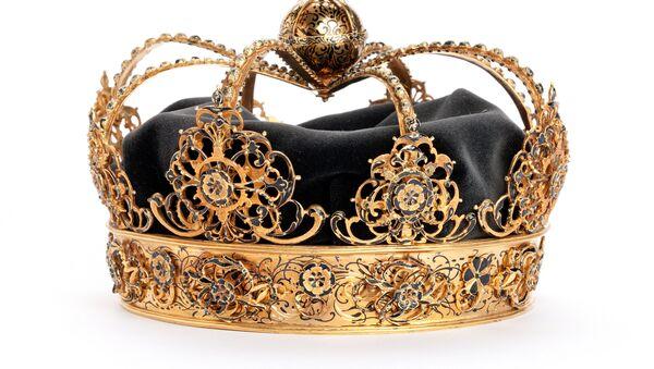 Una de las coronas reales de Carlos IX robadas en Suecia - Sputnik Mundo