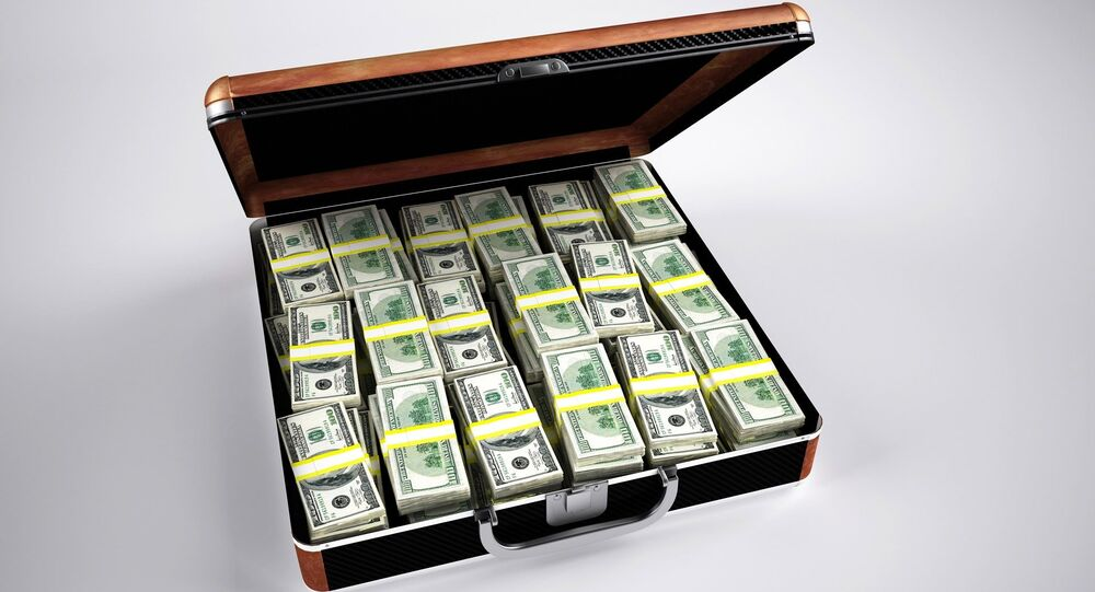 Un maletín con dinero