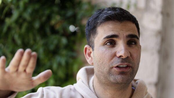 Ramin Parsa, sobreviviente del siniestro del vuelo 2431 - Sputnik Mundo