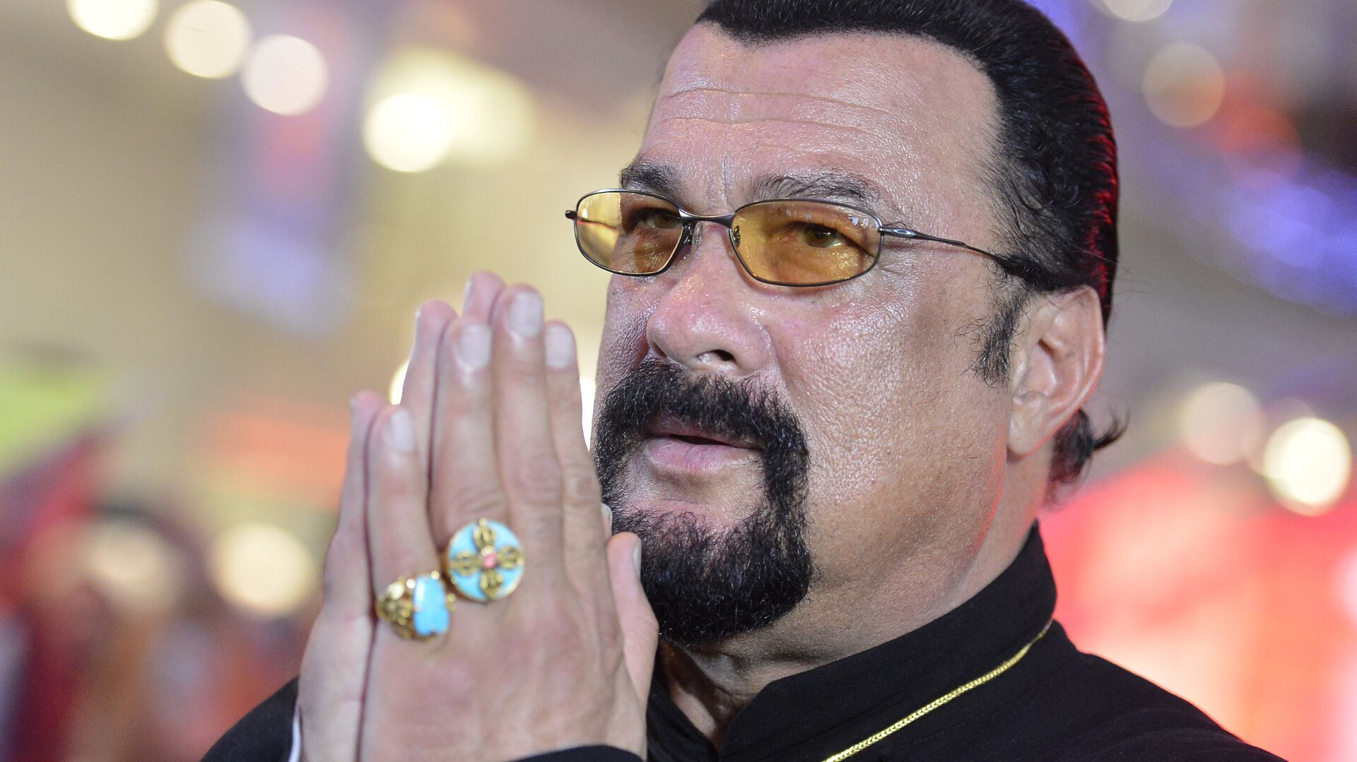 American actor, film producer and scriptwriter, martial artist and musician Steven Seagal at Moscow's Alley of Glory (File) - Sputnik Mundo, 1920, 05.05.2021