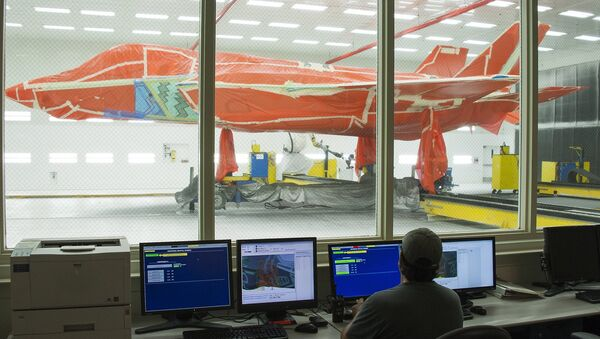 F-35 fighter jet is seen at Lockheed Martin's facility in Texas - Sputnik Mundo