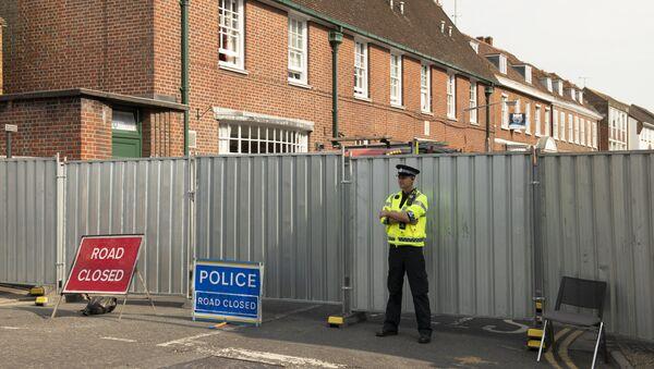 Policía británica en Amesbury, el Reino Unido - Sputnik Mundo