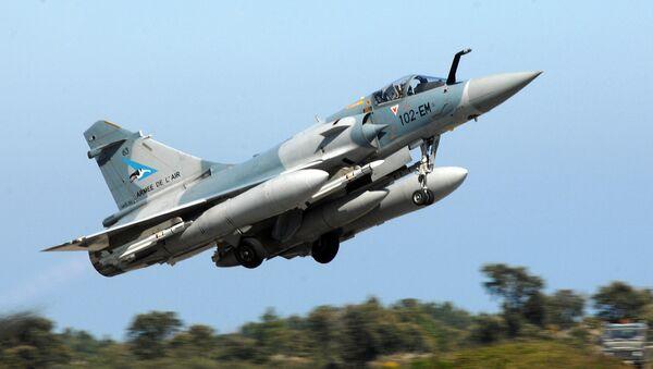 Un caza Mirage 2000-5 (archivo) - Sputnik Mundo