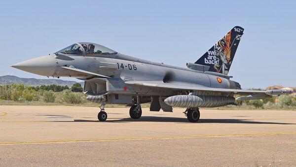 Eurofighter EF2000 Typhoon del Ejército del Aire de España (archivo) - Sputnik Mundo