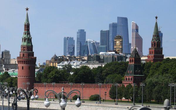 El Kremlin y el Centro Internacional de Negocios de Moscú - Sputnik Mundo