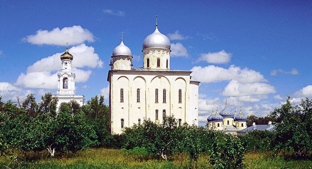 Conjunto arquitectónico del monasterio de Yúriev, la catedral de San Jorge.