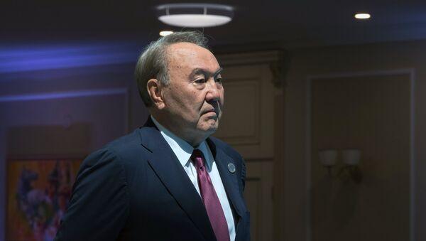 Nursultán Nazarbáyev, presidente de Kazajistán - Sputnik Mundo