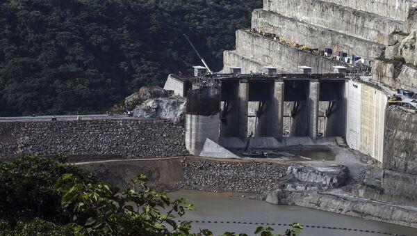La represa Hidroituango en Colombia - Sputnik Mundo