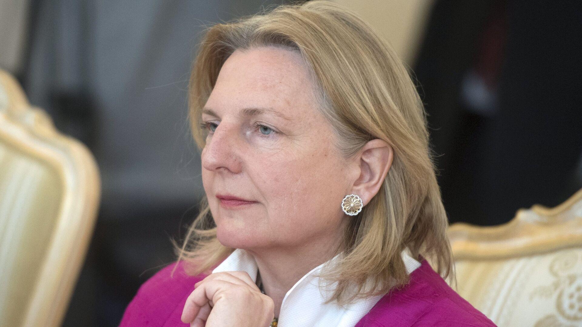 Karin Kneissl, la ministra austriaca de Exteriores - Sputnik Mundo, 1920, 07.06.2021