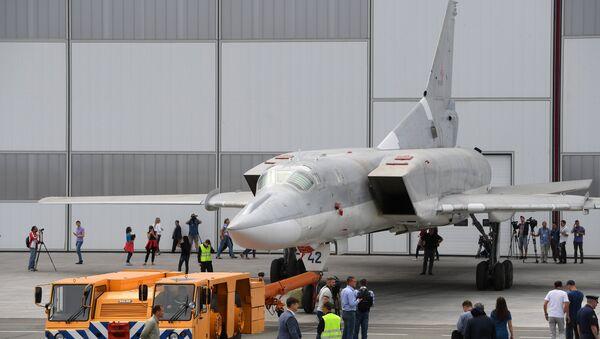 Un bombardero estratégico Tu-22M3M - Sputnik Mundo