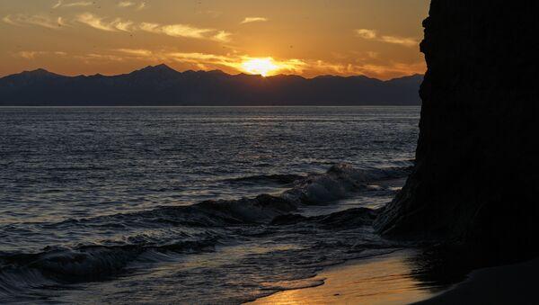 Una playa en Kamchatka (archivo) - Sputnik Mundo