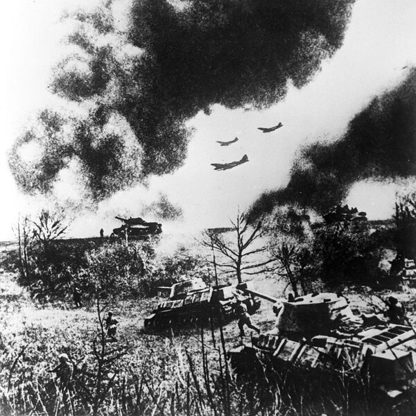 Ofensiva de las tropas soviéticas durante la batalla de Kursk (31 de julio de 1943) - Sputnik Mundo
