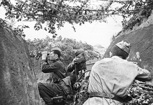 El comandante de la batería de artillería durante la batalla de Kursk (4 de julio de 1943) - Sputnik Mundo