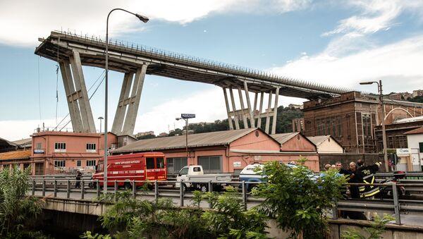 El colapso de un puente en Génova - Sputnik Mundo