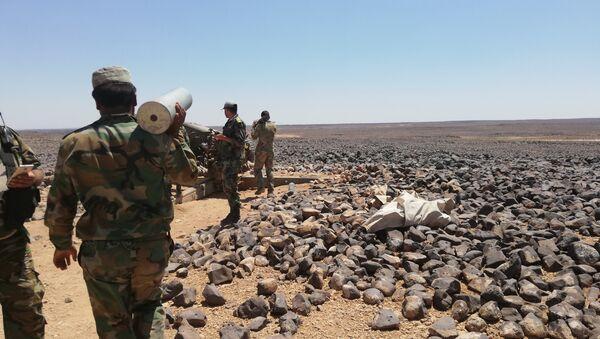 El Ejército sirio en la región de Tulul al Safa - Sputnik Mundo