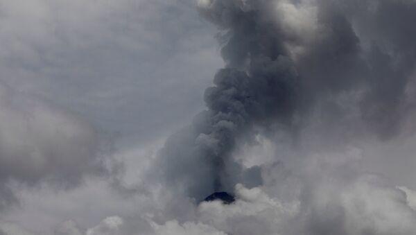 El volcán de Fuego en Guatemala - Sputnik Mundo