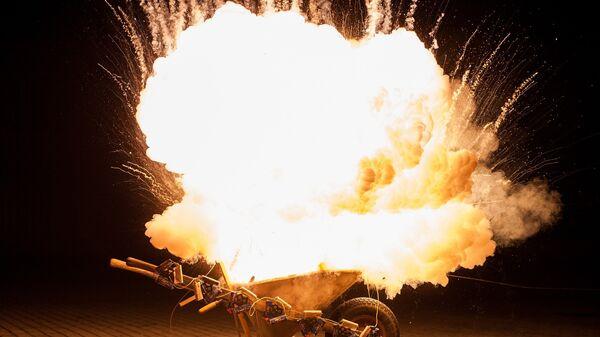 Explosión de una bomba (imagen referencial) - Sputnik Mundo