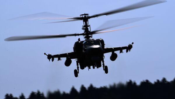 Un helicóptero Ka-52 en el Foro Army-2018 - Sputnik Mundo