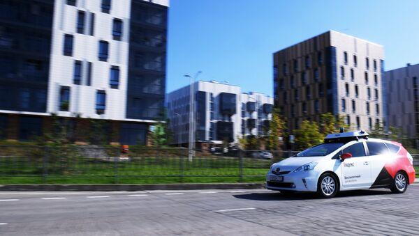 Las pruebas de un taxi autónomo en el parque tecnológico Innopolis - Sputnik Mundo