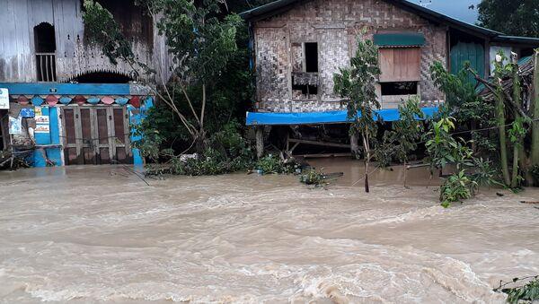 Más de 63.000 personas afectadas por el colapso de una presa en Birmania - Sputnik Mundo
