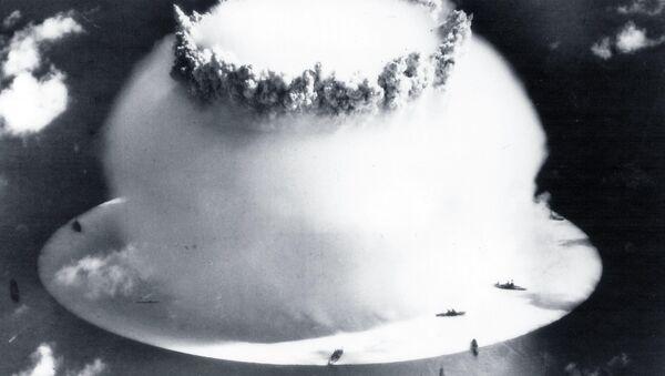 Explosión nuclear (archivo) - Sputnik Mundo