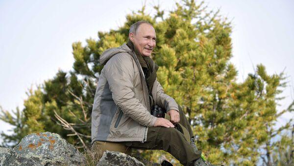 El presidente Putin pasa el fin de semana en Tuvá, Rusia - Sputnik Mundo