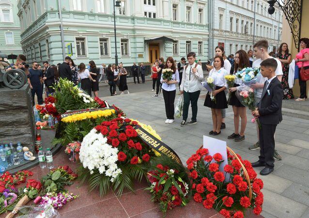 Homenaje a las víctimas de la tragedia en Beslán (imagen referencial)