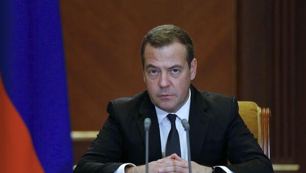 El primer ministro ruso, Dmitri Medvédev - Sputnik Mundo