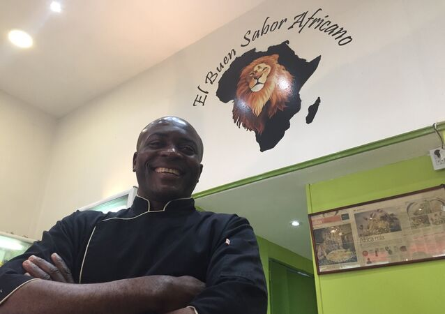 Chef Maxime Tankouo, de El Buen Sabor Africano, restaurante camerunés en Buenos Aires