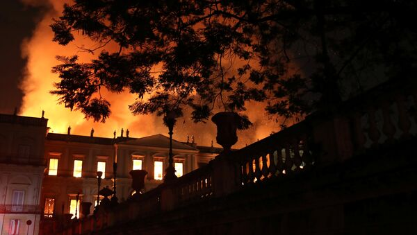 Incendio en el Museo Nacional de Río de Janeiro - Sputnik Mundo