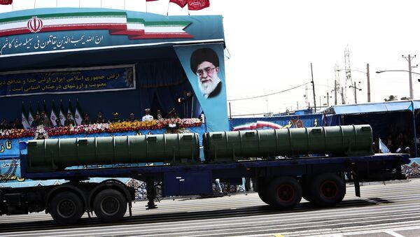 Sistema antiaéreo iraní Bavar-373 (archivo) - Sputnik Mundo
