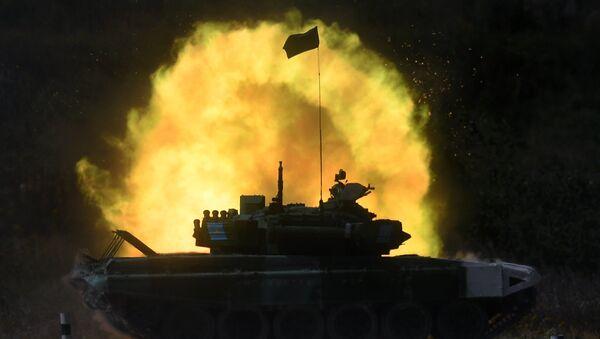 Un T-72 (archivo) - Sputnik Mundo