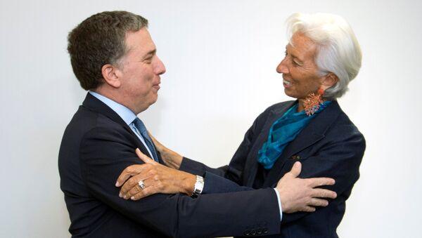 Ministro argentino de Economía, Nicolás Dujovne, y directora gerente del FMI, Christine Lagarde - Sputnik Mundo