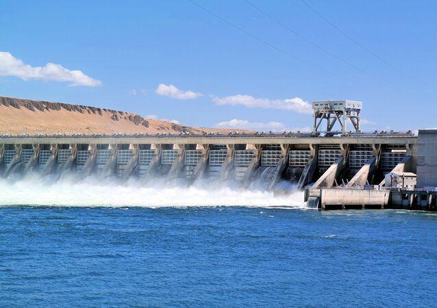 Una central hidroeléctrica (archivo)