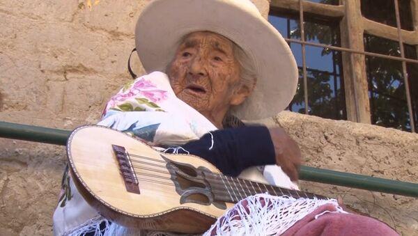 Una boliviana de casi 118 años revela el secreto de su longevidad - Sputnik Mundo
