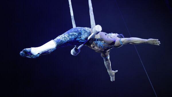Deyvi Franco, trapecista peruano, durante el Festival Internacional de Arte Circense Idol - Sputnik Mundo