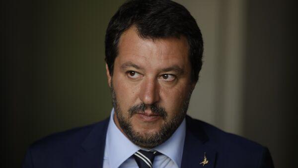 Matteo Salvini, el ministro del Interior de Italia - Sputnik Mundo