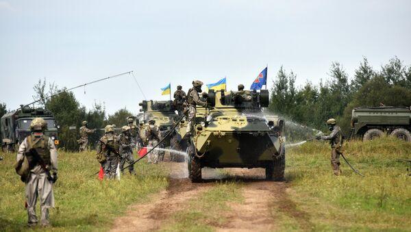 La fase activa de los ejercicios Rapid Trident en Ucrania - Sputnik Mundo