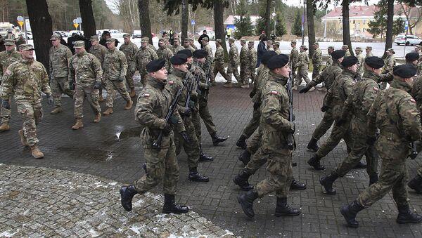 La ceremonia de bienvenida oficial para el convoy de las tropas estadounidenses en Zagan, Polonia - Sputnik Mundo