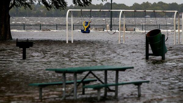 Huracán Florence en EEUU - Sputnik Mundo