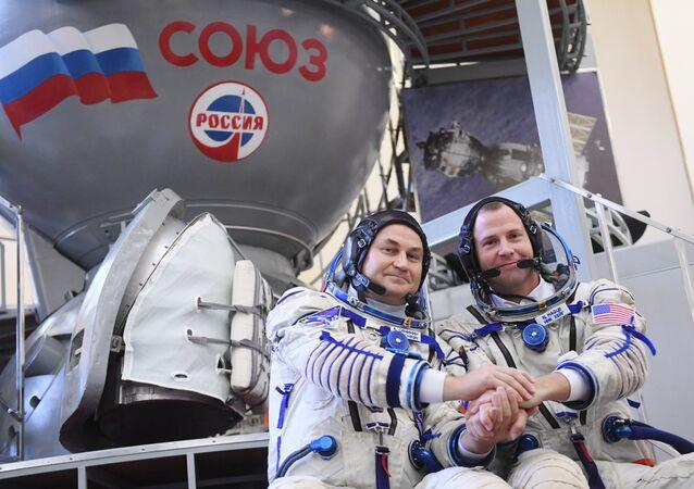 El ruso Alexéi Ovchinin y el estadounidense Tyler Nicklaus 'Nick' Hague