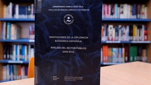 La tesis doctoral del presidente del Gobierno español Pedro Sánchez - Sputnik Mundo