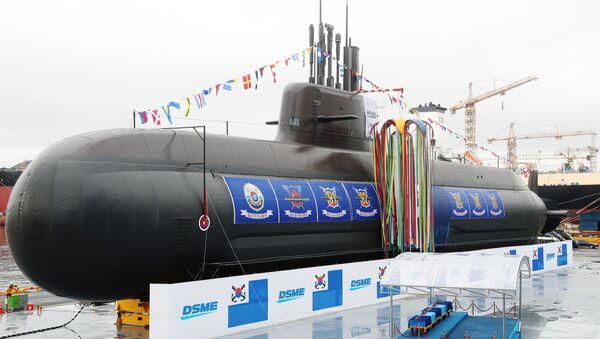La ceremonia de botadura del Dosan Ahn Chang-ho, primer submarino surcoreano de clase KSS-III - Sputnik Mundo