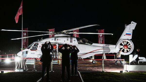 Helicóptero ruso Ka-62 en el Foro Económico Oriental 2018 - Sputnik Mundo