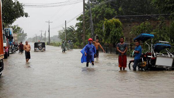 Las consecuencias del supertifón Mangkhut en Filipinas - Sputnik Mundo