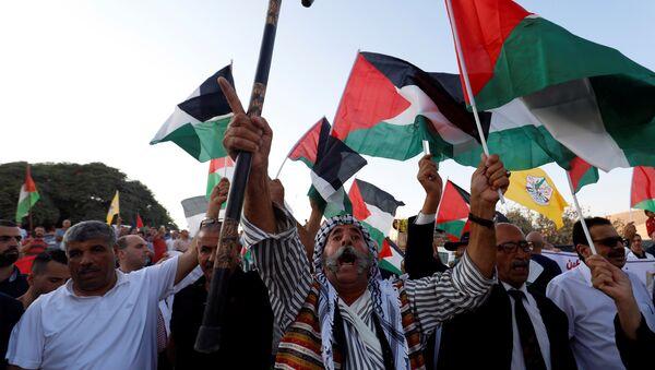 Protesta contra la demolición de la aldea beduina de Al Jan al Ahmar - Sputnik Mundo