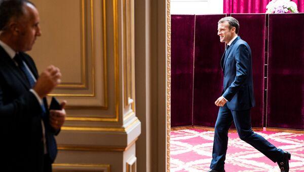 Emmanuel Macron, presidente francés - Sputnik Mundo