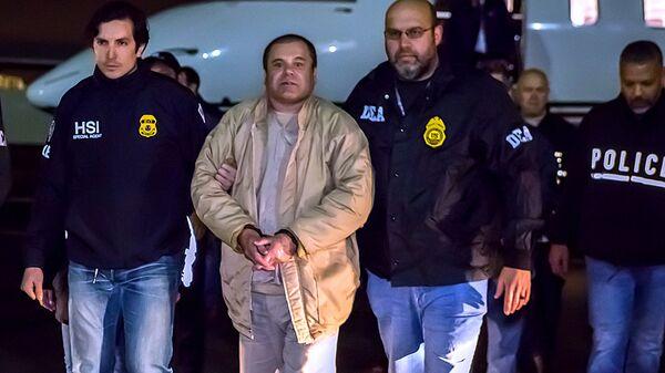 Joaquín 'Chapo' Guzmán Loera tras su extradición a Estados Unidos - Sputnik Mundo